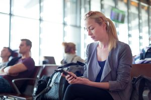using mobile apps to communicate with airlines